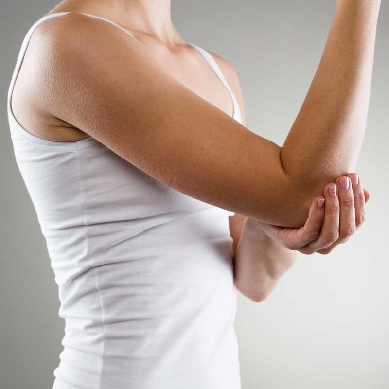 Tratamientos especialidados para lesiones de codo con fisioterapia en Avanfi