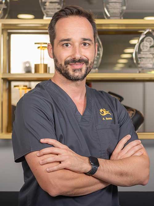dr alvaro iborra, especialista en podología y cirugía pie y tobillo